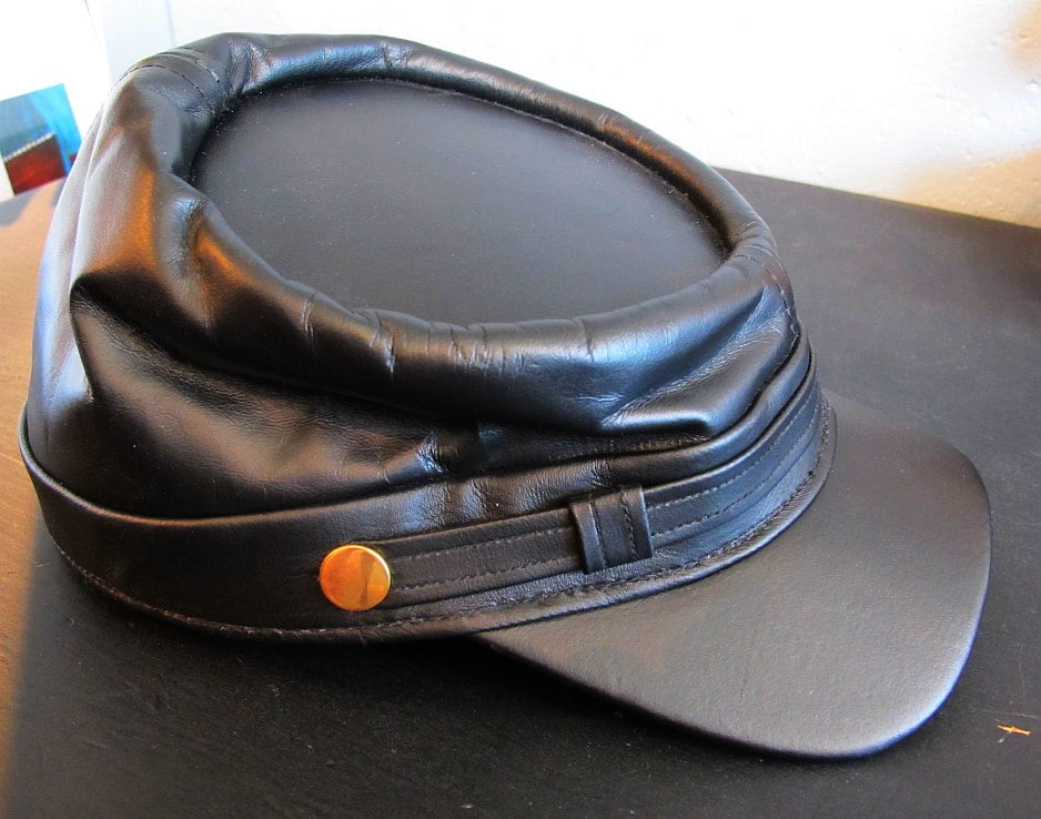 01818 Leather Cap, confederate-style