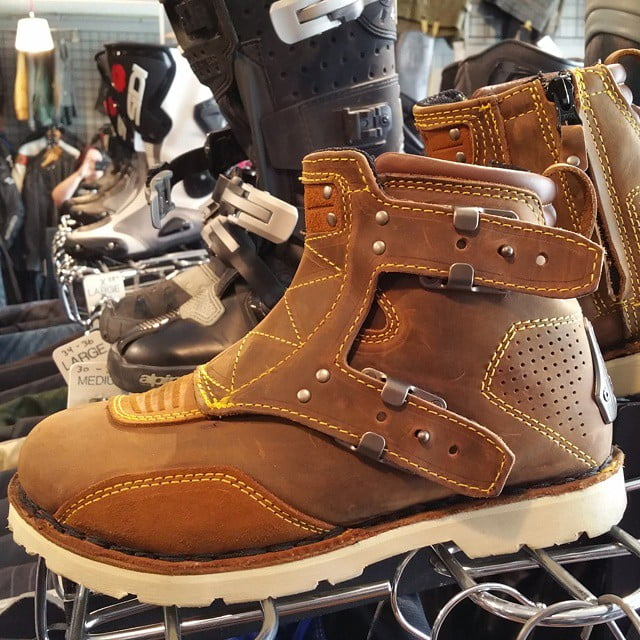 #Icon 1000 El Bajo boots size 8 / 9.5 / 40 #rerides Look how cute these are!