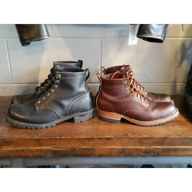 Coupla pairs of #serviceboots newly arrived! @daytonboots toughie sz 11 on the left and a #whitesboots #hathorne sz 9 on the right. Handsome devils. #rerides