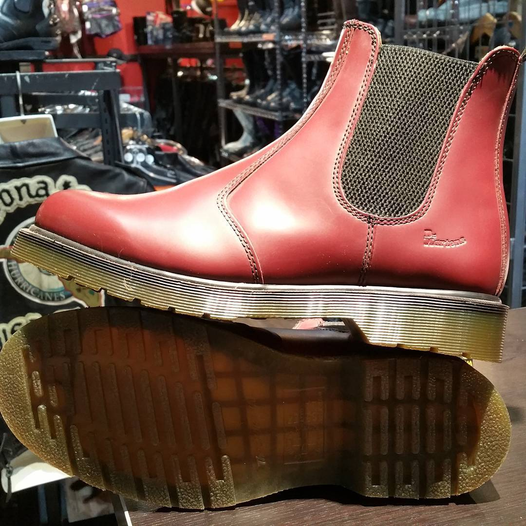 Doc Marten's burgundy red Romeo style! Unworn. Men's 10. Item 8502 #rerides