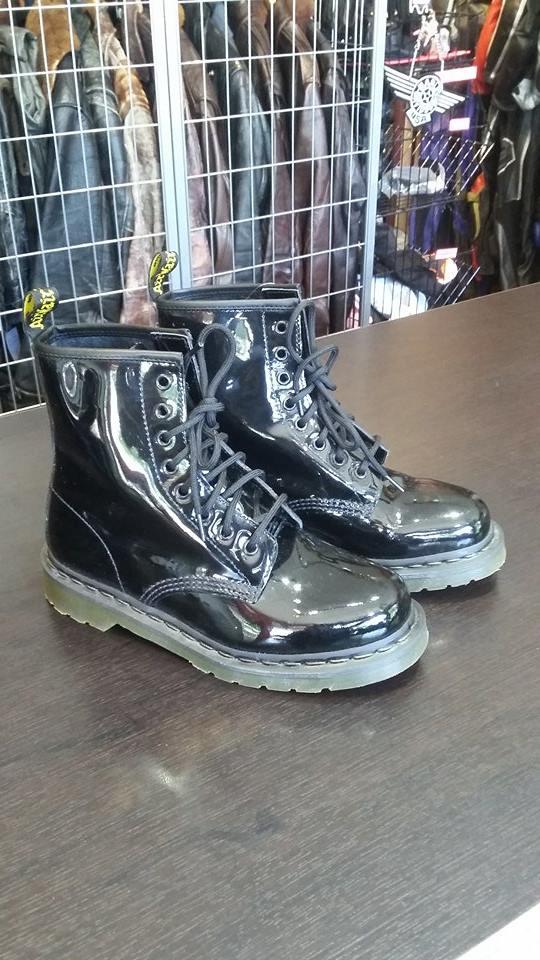 shinyboots1