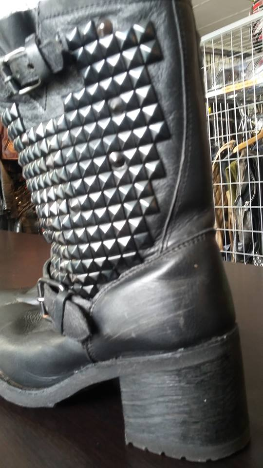 ashboots3