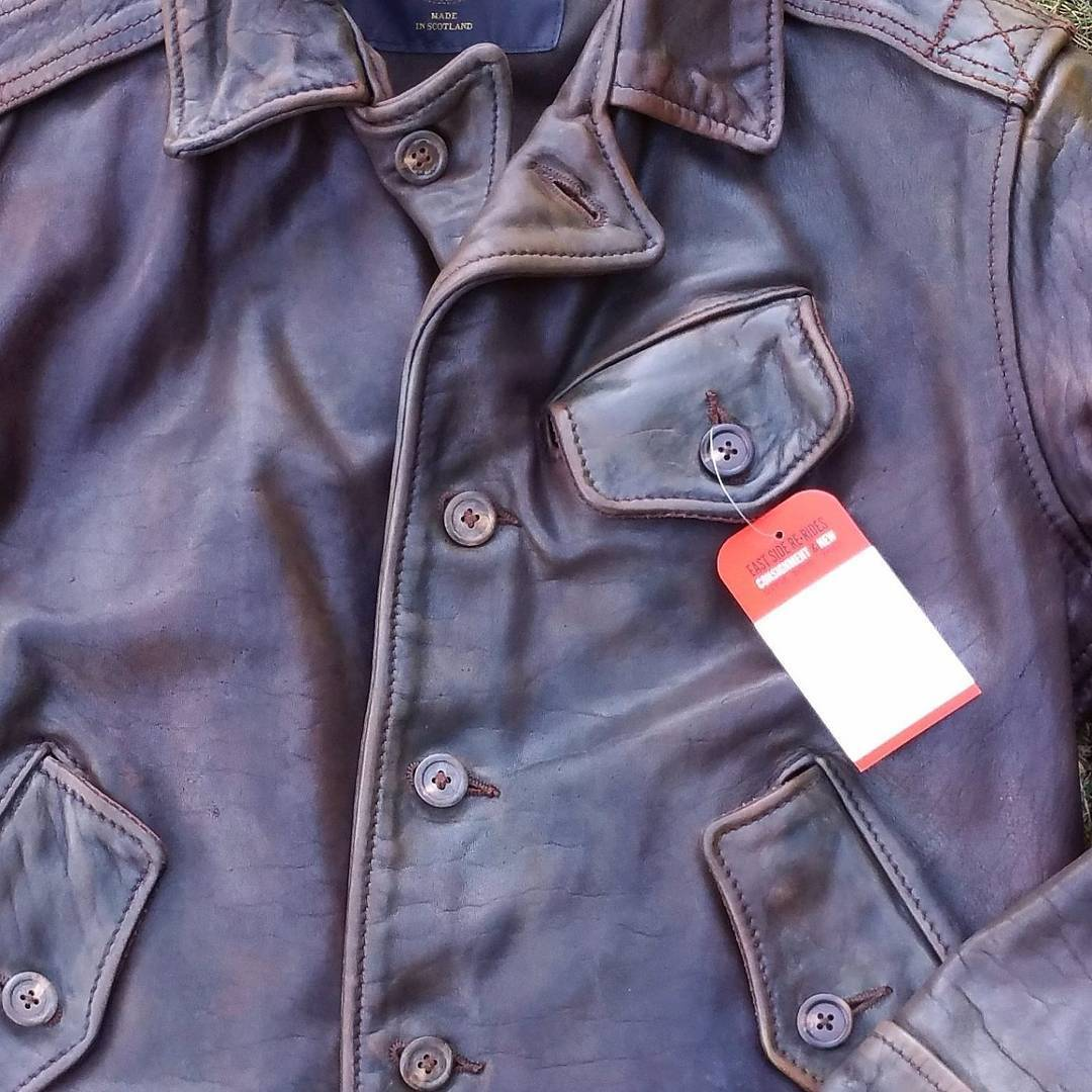 "The nicest horsehide jacket I've ever seen. Simmons Bilt "" The Fortune Hunter"" http://goo.gl/Rkt9Pa #rerides #nofilter"