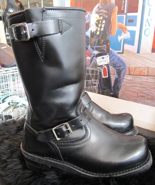 01759 Dayton Engineer Boot