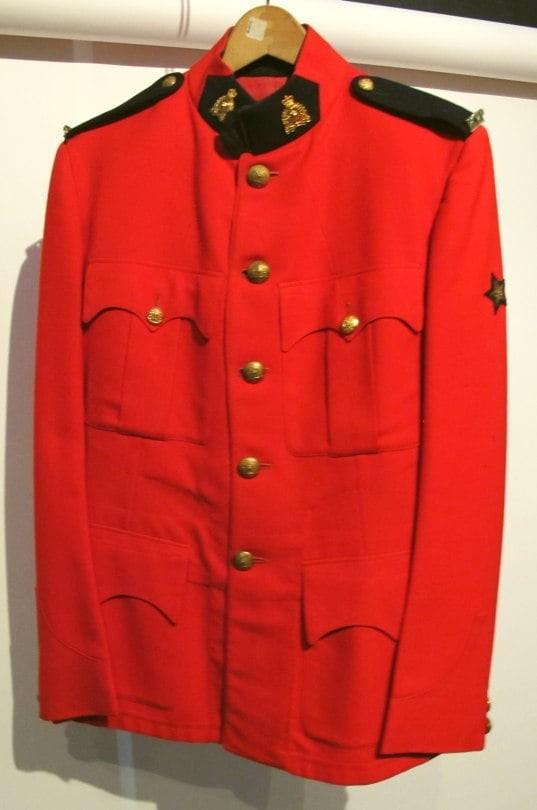 Leather & Uniform Fetishists – heads up!
