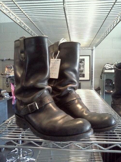 01771 Paleolithic Dayton boots , size 10.5M